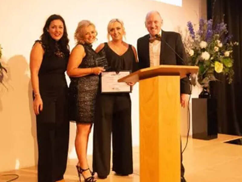 Snoots Dog Grooming Training Centre receiving award